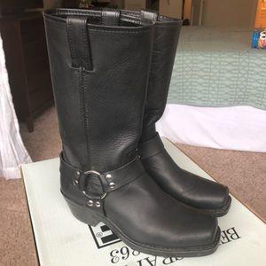 {Frye} 12R Harness Boot